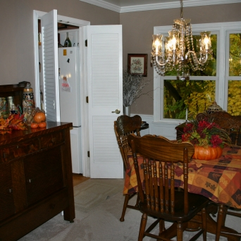 Dining Room Pin Oak